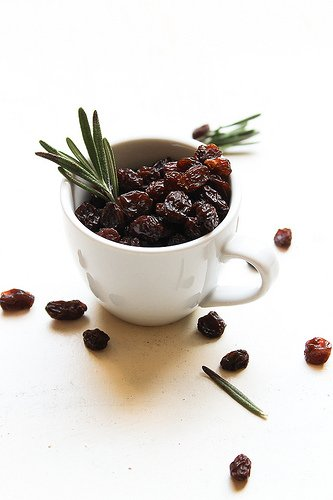 Raisins in a mug