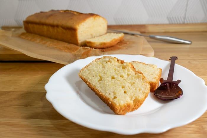 Cake made with thawed kefir