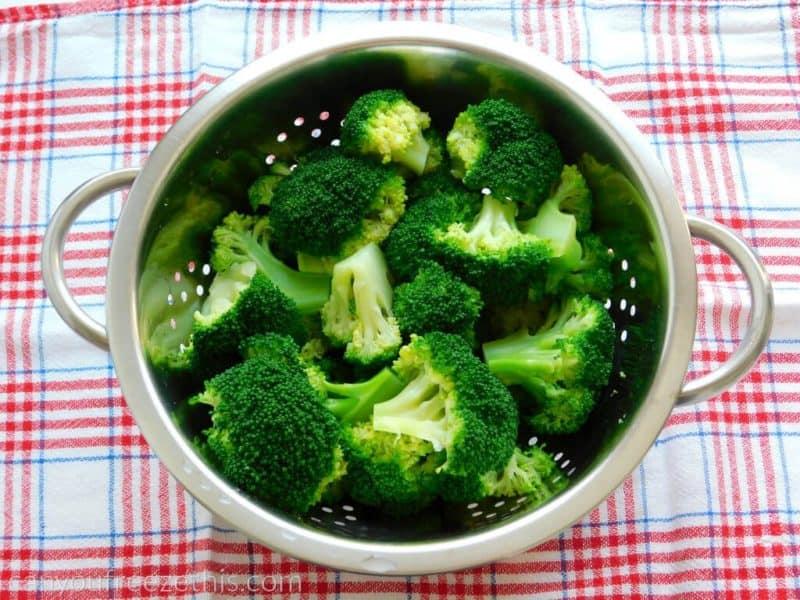 Draining broccoli
