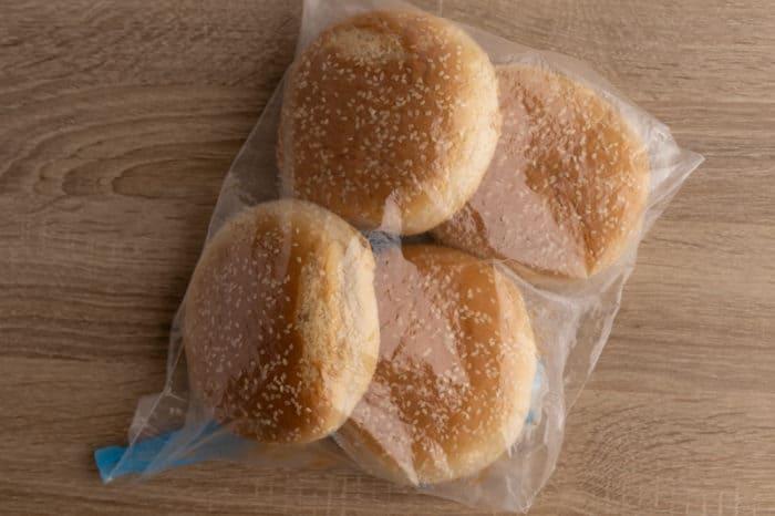 Hamburger buns ready for freezing